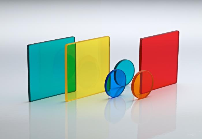Colour bandpass filters