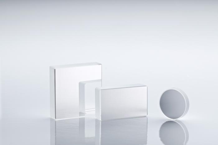 Plane 1-10-wave-mirrors