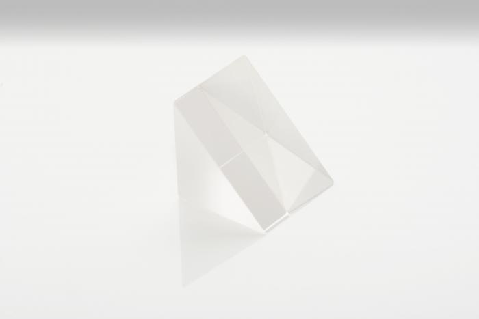 UV  fused silica right angle prisms