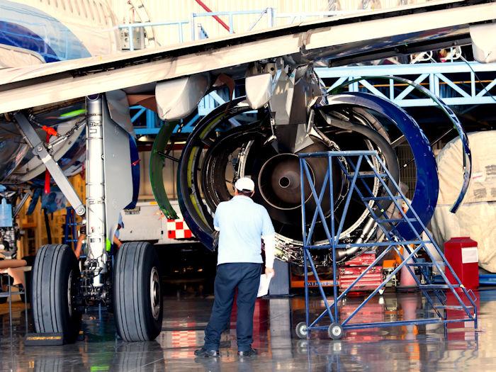 Optics in aerospace industry